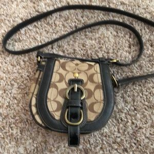 Original coach crossbody purse in great condition